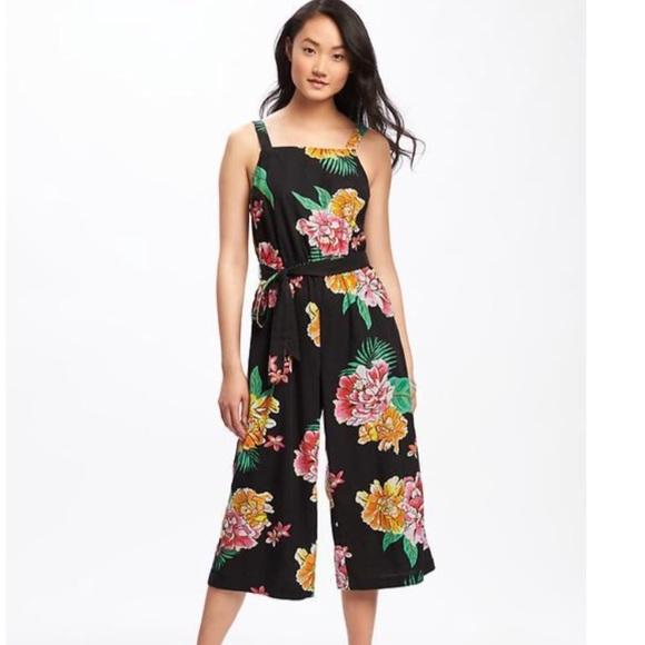 87f5201ec3f Old navy floral boho jumper romper pants jumpsuit